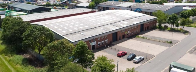Leighton Buzzard's largest tenant renews!